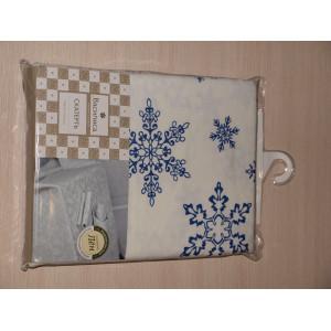 Скатерть отбеленная набивная Кружевные снежинки синие 145х180